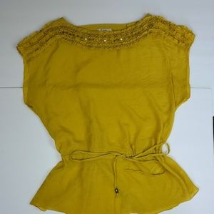 Forever 21 Womens Mustard color boho top size M